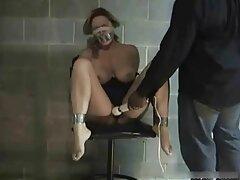 ماساژ گرم به عنوان مکانی برای رابطه جنسی عکس سوپر سکسی کون با یک ستاره پورنو