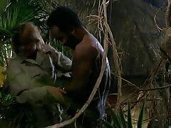 نیجریل با یک خروس بزرگ و گنده فیلم آموزش سکس خارجی ، دو فاحشه شلخته را می شکند