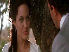 مهبل زن سکس در فیلم سفید برفی بالغ می تواند ادرار را از دست ویبراتور خالی کند